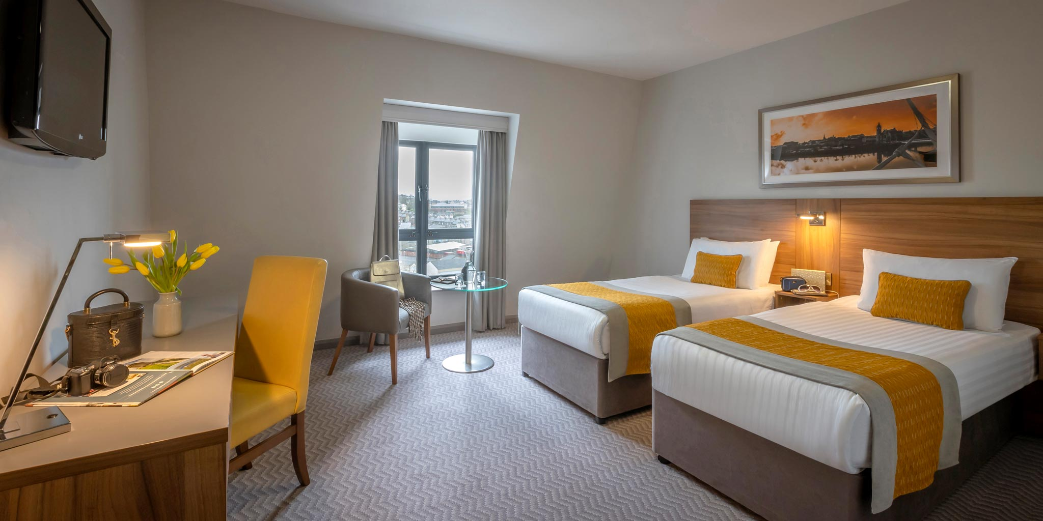 Bedroom-Twin-Maldron-Hotel-Derry